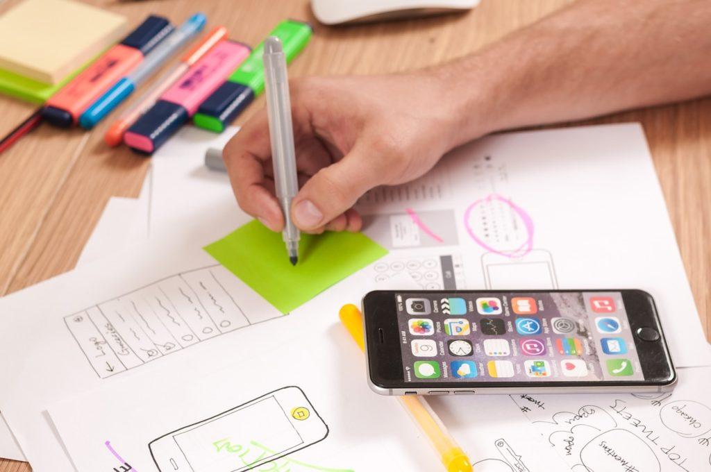 https://pixabay.com/en/ux-design-webdesign-app-mobile-787980/