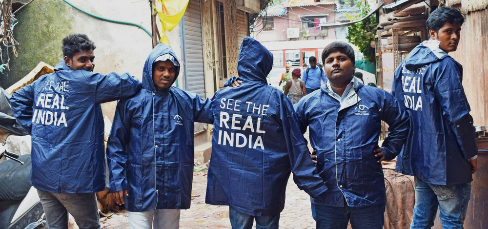 Trained youth from the slums make the best guides to show real India-RTT